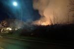 Brand beim Eintreffen von der Straße