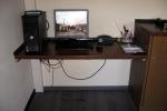 Neuer integrierter Schreibtisch