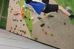 """Kletteräffchen im """"Boulder""""-Parcours"""