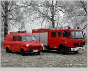 Fahrzeuge im Rauhreif, 1280x1024